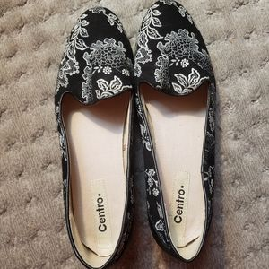 Centro black and white fabric floral flats sz 40
